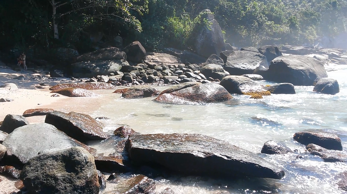 Praia das Conchas - Pedra do Monge