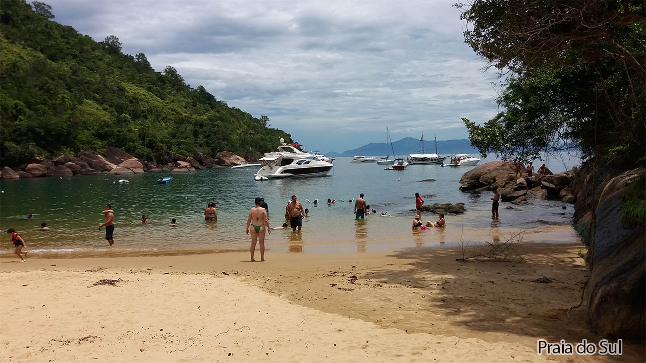 Trilha para Praia do Sul