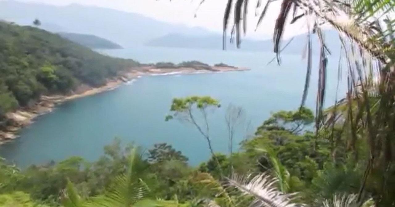 Pontão visto da Trilha das 7 Praias